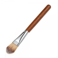brocha de rostro, aplicar base, como aplicar la base, base de maquillaje, maquillaje rostro, pincel de maquillaje, brochas de maquillaje, brocha de base