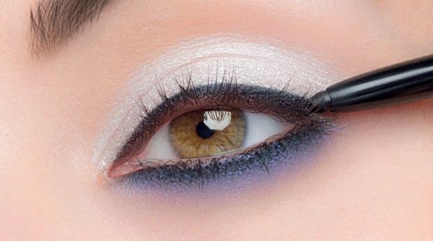 maquillaje de año nuevo, como maquillarme, paso a paso, maquillaje de ojos, como maquillarme, como maquillarme los ojos, sombras, sombras de ojos, maquillaje de ojos, como maquillarme los ojos, maquillaje de ojos, maquillaje para ojos, look de verano, maquillaje, verano